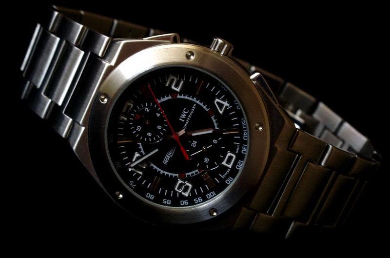 часы наручные с знаком ауди